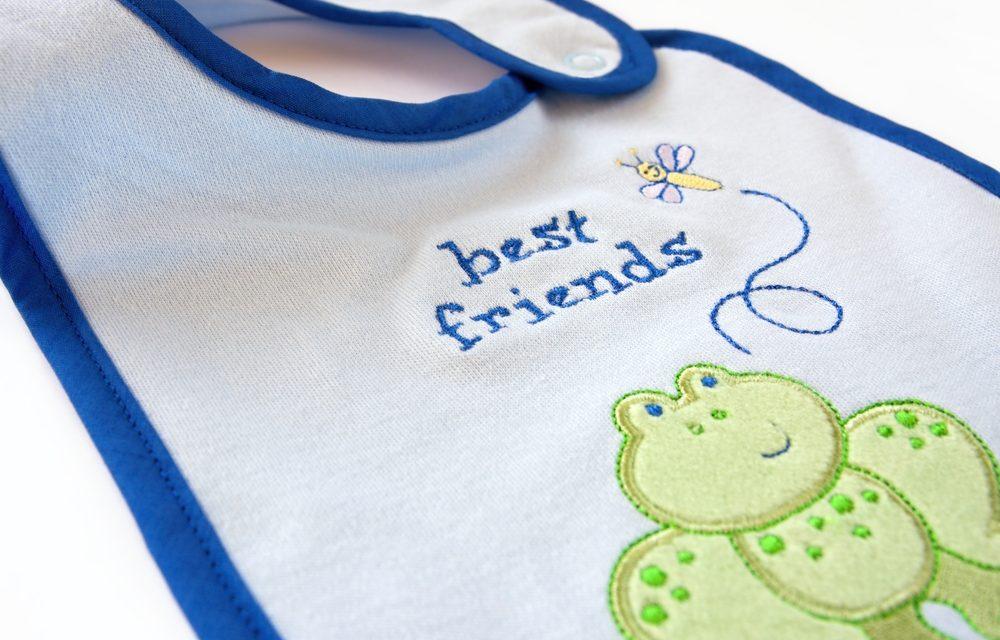 Come realizzare bavaglini per neonati